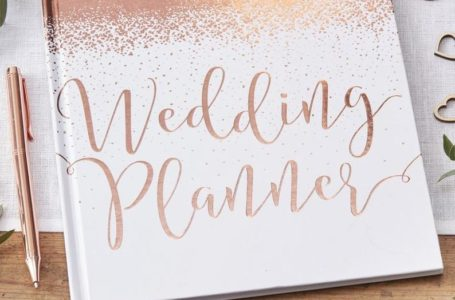 7 Quintessential Tips For Hiring A Wedding Planner