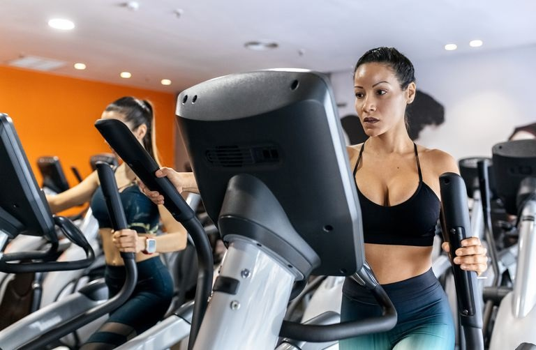 How to Do the Best Exercises with Machines to Remain Physically Fit and Smart?